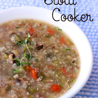 Slow Cooker Black-Eye Pea Soup