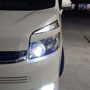 ヴォクシー ZRR70W ZS・H19のランプのカスタム事例画像 豊丸さんの2018年12月19日09:24の投稿
