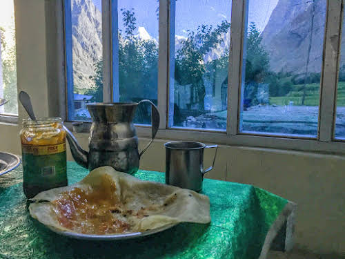 Travel Guide to the Hushe Valley // Breakfast with a View from Hussain Guesthouse in Hushe
