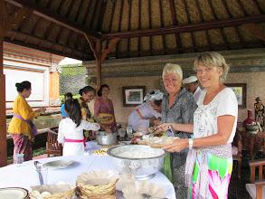 Photo: 2 UBUD - une fête familiale Balinaise
