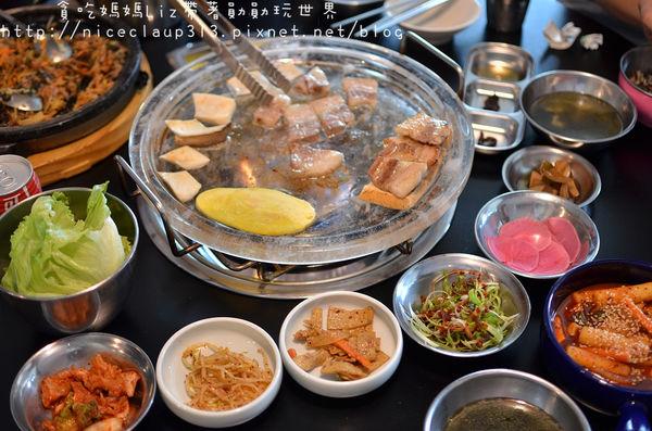 『豬8色韓國料理』銅盤烤肉不稀奇,水晶盤烤肉才特別!道地韓國烤肉,親切韓國老闆現場教學!