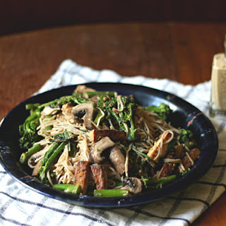 Vegan Soba Noodle Bowl With Creamy Peanut Sauce