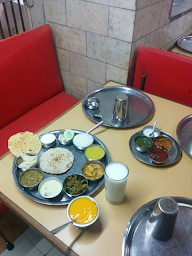 Sabar Veg Restaurant photo 3