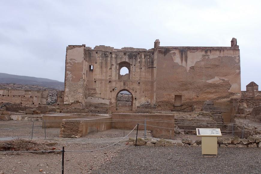 Conjunto Monumental de la Alcazaba abierto a visitantes durante la 3ª ola.