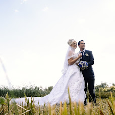 Wedding photographer Tatyana Dvoryadkina (TanyaDvoryadkina). Photo of 17.10.2016