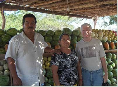 manzanillo-hwy-fruit-stand2