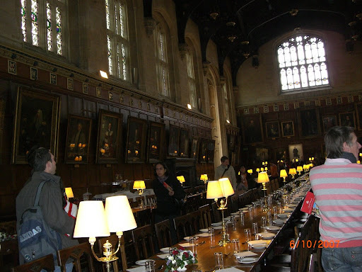 Rosario in nottingham for Comedor harry potter