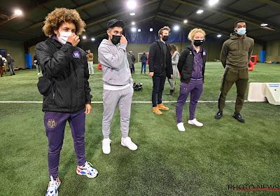 Anderlecht komt met hartverwarmend initiatief, Tison en Missipo inspecteren de 'ketjes'