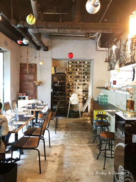30Thirty老酒館_創意義式料理_隱藏在巷弄內的復古小酒館_朋友聚會好所在