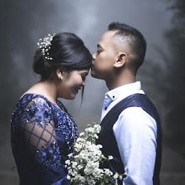 Couple Engagement by Fredy Pandia - Wedding Bride & Groom ( prewed, f1.8, f1.8g, portrait photographers, prewedding, indonesia, d610, 50mm, couple, nikon, portrait )