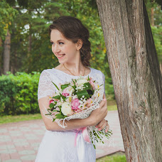 Wedding photographer Kseniya Pristalova (kseniamif). Photo of 14.08.2015