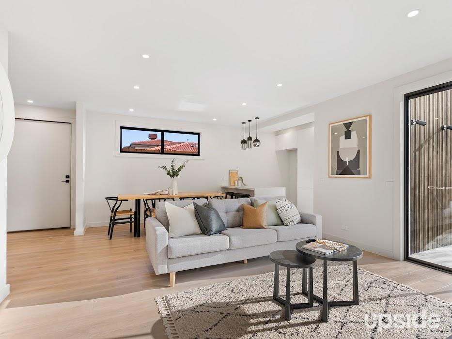 Main photo of property at 1/17 Rosella Street, Murrumbeena 3163