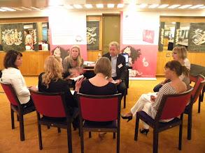 Photo: Team I_Op gesprek bij Meetings.nl