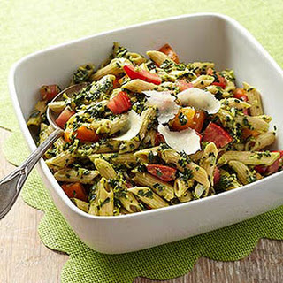 Tomato and Kale Pesto Pasta