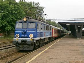 """Photo: EU07-353, TLK """"Solina"""" Piła Główna - Przemyśl Główny {Toruń Główny; 2013-06-26}"""