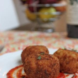 Fried Beer and Gouda Risotto Balls (Arancini)