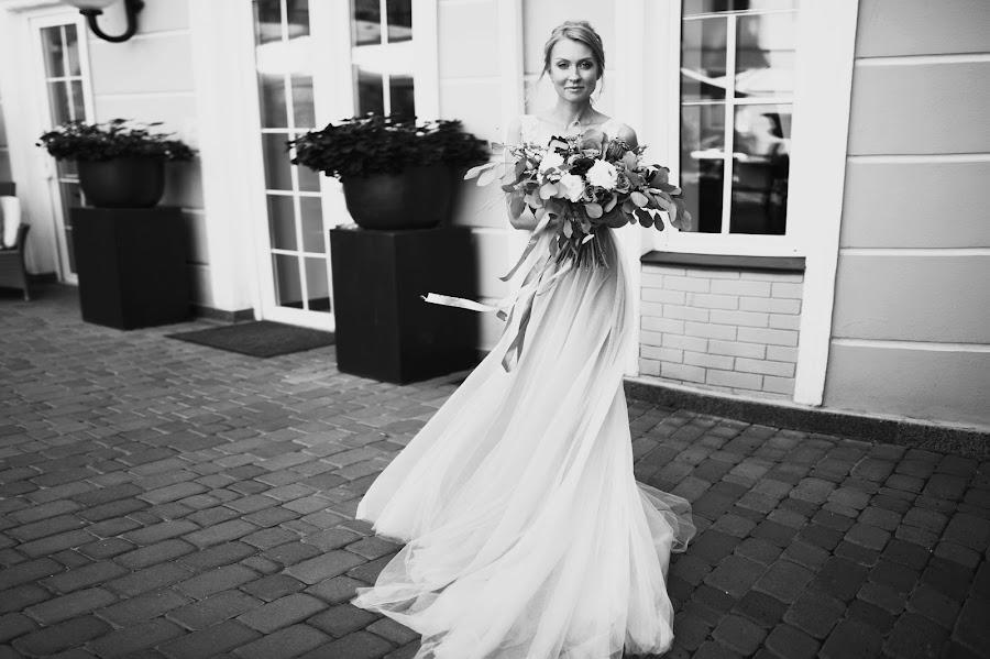 Wedding photographer Igor Shevchenko (Wedlifer). Photo of 19.09.2016