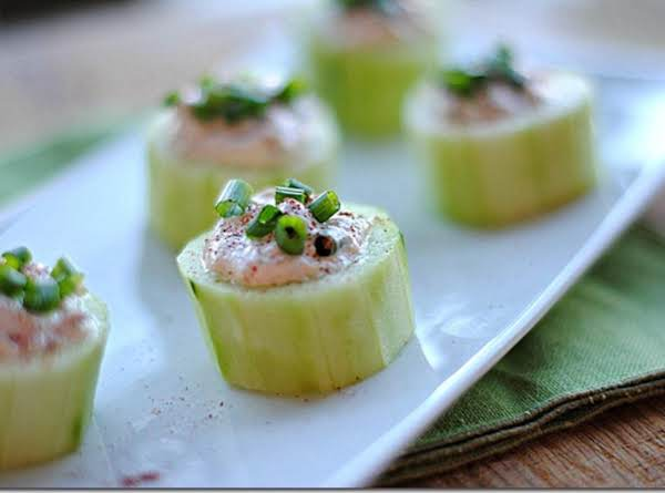 Cucumber Cups Stuffed With Spicy Crab Recipe