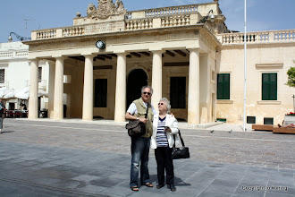 Photo: Valletta. Main Guard Palace.  http://www.loki-travels.eu/