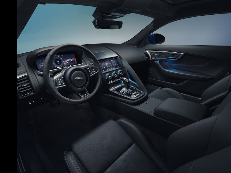 The modernised cabin adopts a new high definition virtual instrument cluster.