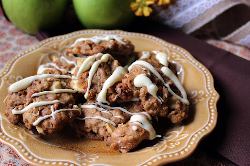Oatmeal, Apple, Cinnamon Chip Cookies