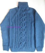 Photo: мужской вязаный свитер с косами без швов