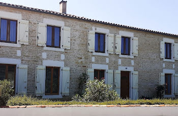 propriété à Saint-Sauveur-d'Aunis (17)