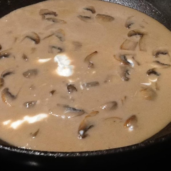 STIR IN CONSUMME, HALF N HALF, WORCESTERSHIRE SAUCE N SOUR CREAM.....COOK FOR 5 MINUTES...