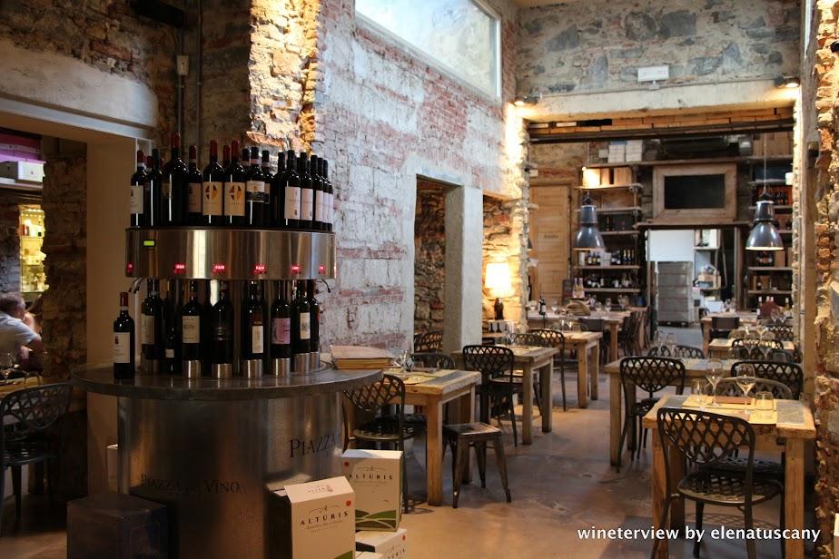 wine, italian wine, vino, vino italiano, distribuzione vino, piazza del vino, ristorante piazza del vino firenze, ristorante firenze