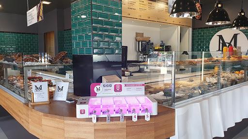 Boulangerie snacking peynier station de recharge smartphone