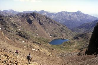 Photo: Vallferrera: estany d'Estats i Monteixo al fons