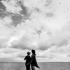 Wedding photographer Anton Podolskiy (podolskiy). Photo of 06.01.2017