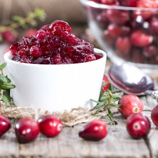Easy, No-Sugar Cranberry Sauce