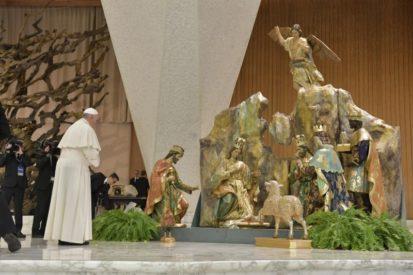 Tiếp Kiến Chung: Đức Thánh Cha bắt đầu loạt giáo lý mới về 'Kinh Lạy Cha'