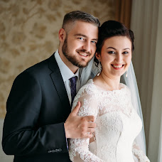 Wedding photographer Alena Maksimchuk (Alenmax). Photo of 01.09.2017