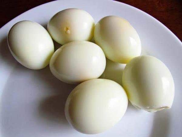 Pam's Eggs Ala Goldenrod Recipe