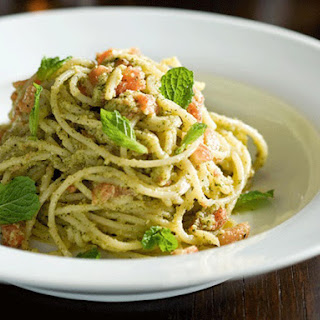 Spaghetti with Almond and Mint Pesto