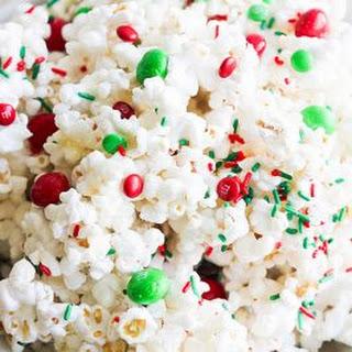 Holiday Marshmallow Popcorn