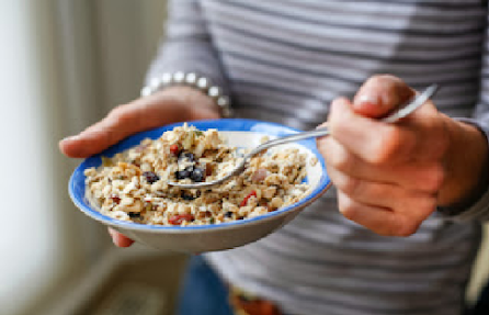 Why You Should Start Eating Cereal Before Bed