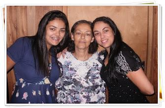 Photo: minha irmã Ariela minha Mãe e Eu