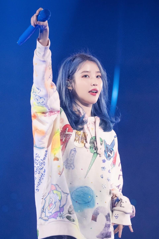 IU_in__Love_Poem__Concert_in_Seoul_on_23rd_November_2019