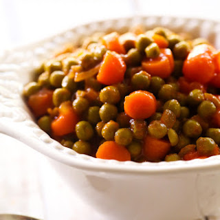 Chicken With Peas And Carrots Recipes.