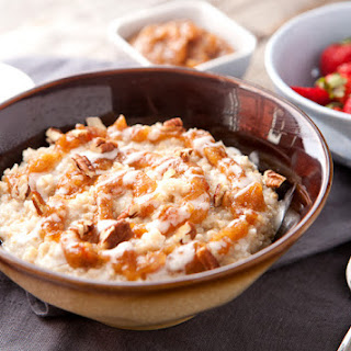 Date Cinnamon Roll Oatmeal Bowls
