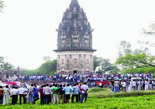 Photo: The Archaeological Survey of India called off its gold hunt near a temple in Uttar Pradesh's Unnao district.The excavation was initiated after a local seer, Shobhan Sarkar, 'dreamt' of hidden gold treasure in the remains of the Raja Rao Ram Bux Singh fort.