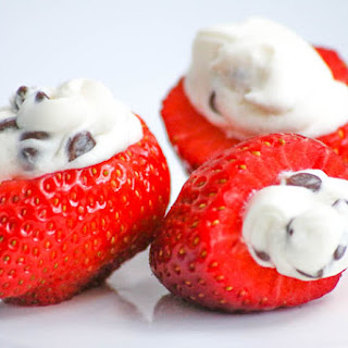 Cannoli Cream Strawberries