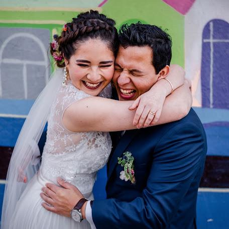 Wedding photographer Eugenia Orellana (caracoldementa). Photo of 24.12.2017
