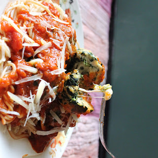 Mozzarella Stuffed Spinach Chicken Meatballs.