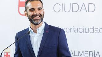 Fernández-Pacheco no pudo acudir a la entrega de los Premios Alcazaba.