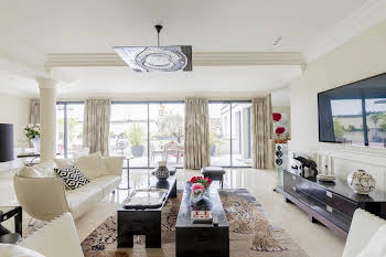 Appartement 7 pièces 266 m2