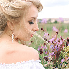 Wedding photographer Polina Pavlova (Polinaaapv). Photo of 31.08.2017